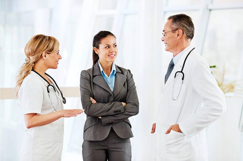 Level 5 Diploma in Health and Social Care (240 credits)